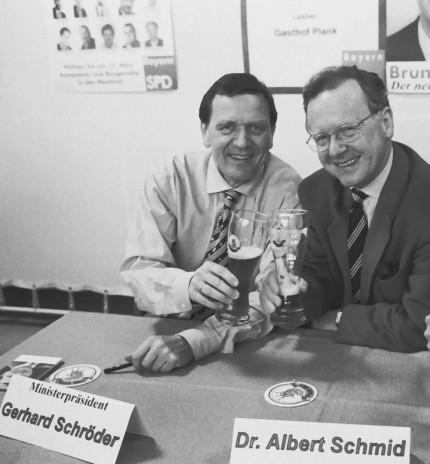 Dr. Albert Schmid